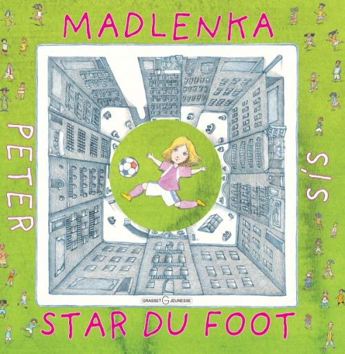 Madlenka, star du foot